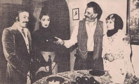 Çeşme Film setinden bir kare: Ferdi Tayfur, Necla Nazır, Erol Taş ve Pervin Par