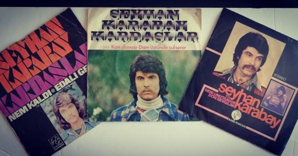 Bir süredir sarılık ve safra kesesi rahatsızlığı çeken 70'li yıllarda ismini geniş kitlelere duyuran müzisyen ve aktör Seyhan Karabay vefat etti.