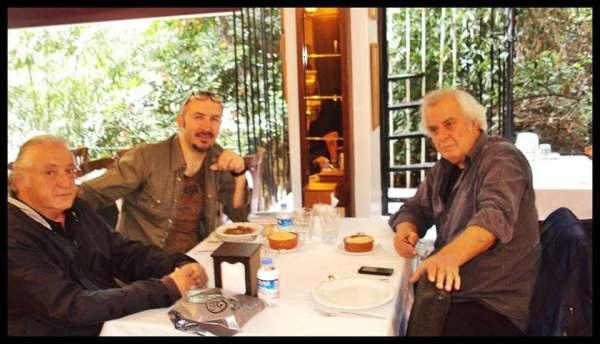 Murat Hattatoğlu Tarık Akan'ın neden hiçbir reklamda oynamadığını 45 yıl boyunca kendisine gelen reklam tekliflerini neden geri çevirdiğini yazdı