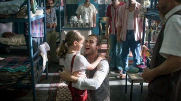 Türkiye'nin En İyi Uluslararası Film Oscar adayı Mehmet Ada Öztekin'in yönetmenliğini yaptığı 7. Koğuştaki Mucize filmi oldu.