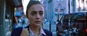 Film inceleme: Deniz Seviyesi, Selvi Boylum Al Yazmalım'a öykünen, erkek bakış açısına sahip kadın filmi tatsızlığına sahip.