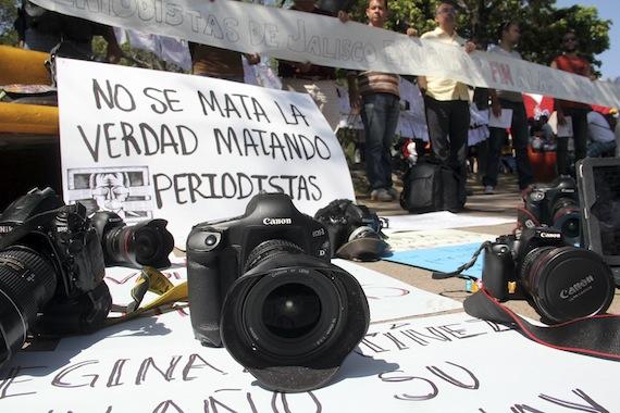 La impunidad sobresale en casos de periodistas desaparecidos y asesinados, denuncian Artículo 19 y Reporteros Sin Fronteras. Foto Cuartoscuro
