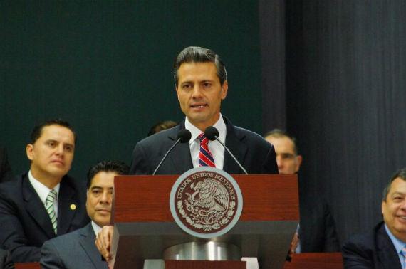 EPN anunció ayer en Los Pinos su propuesta de Reforma Energética. Foto: Rebeca Argumedo/SinEmbargo