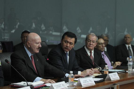 """El llamado """"Grupo Hidalgo"""", integrado por funcionarios al titular de Segob (centro) estaría relacionado con la rneuncia de Mondragón y Kalb, según fuentes de la PGR. Foto: Cuartoscuro"""