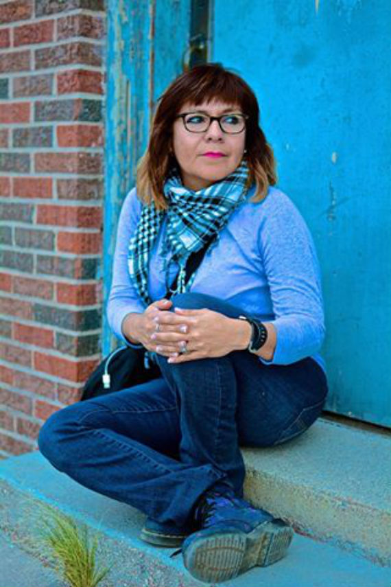 Sylvia escribe y da clases de literatura en El Paso. Foto: Especial