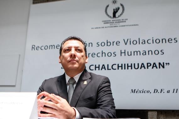 """Raúl Plascenia Villanueva, presidente de la CNDH en la  lectura de las Recomendaciones sobre Violaciones Graves a Derechos Humanos """"caso Chalchihuapan"""". Foto: Francisco Cañedo, SinEmbargo"""