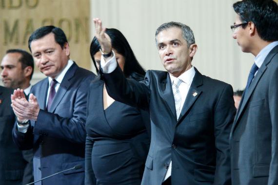 El Jefe de Gobierno del Distrito Federal (GDF), Miguel Ángel Mancera Espinosa, dio su informe de gobierno en medio de aplausos. Foto: Francisco Cañedo, SinEmbargo