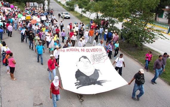 Después de 18 días, los normalistas siguen desaparecidos. Foto: Antonio Cruz, SinEmbargo.