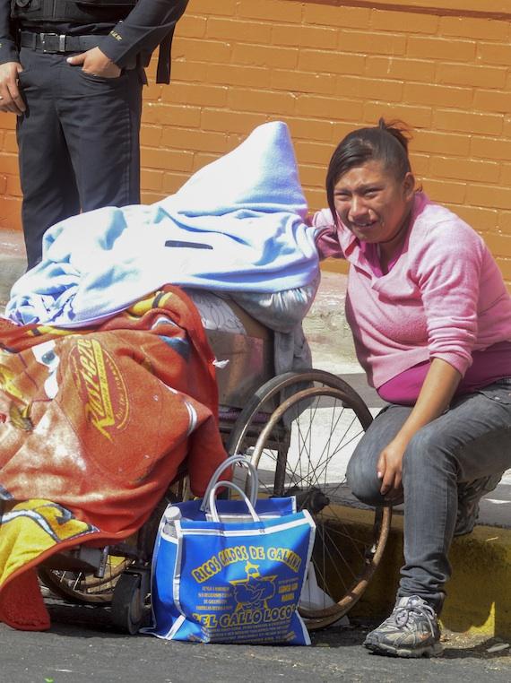 La mujer fue llevada del municipio de Chalco Estado de México al hospital. Foto: Cuartoscuro