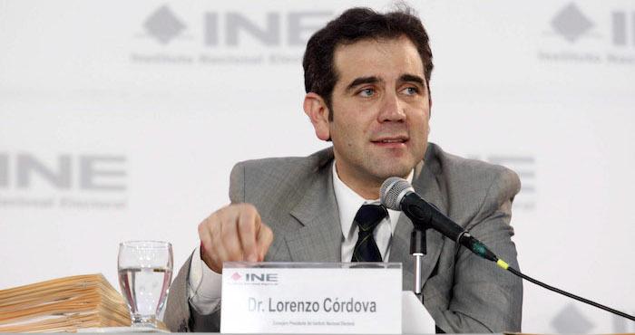 Lorenzo Cordova participó en un foro que revisó el papel del INE durante la pasada elección. Foto: Cuartoscuro