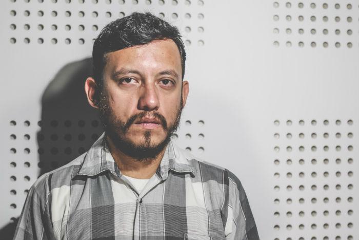 El fotógrafo asegura que en Veracruz amenazar a la prensa crítica se ha convertido en algo cotidiano. Foto: Luis Barrón, SinEmbargo