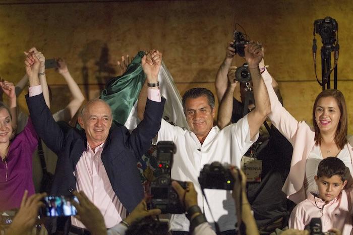 """El candidato independiente a la gubernatura Jaime Rodríguez Calderón """"El Bronco""""  al termino de la jornada electoral. Foto: Cuartoscuro."""