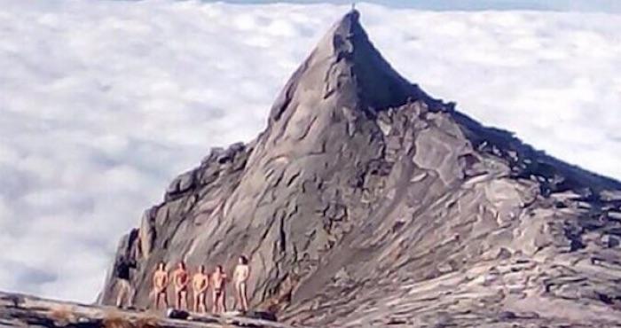 Las fotos que presuntamente provocaron la ira de la montaña. Foto: Facebook