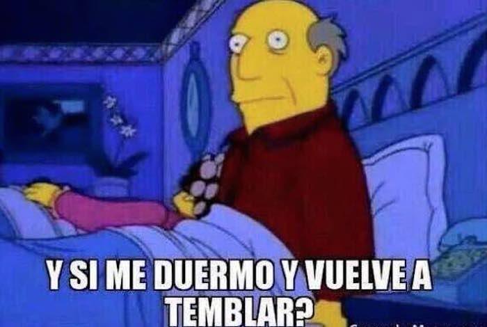 Meme simpson alerta sismo