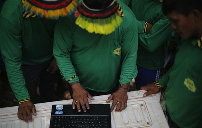 Ahora la tribu Ka'apor puede cuidar de su territorio de manera remota sin poner en riesgo su integridad. Foto: