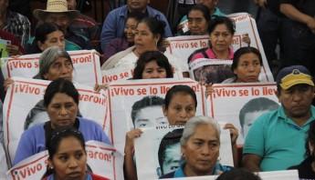 conferencia Ayotzinapa 8