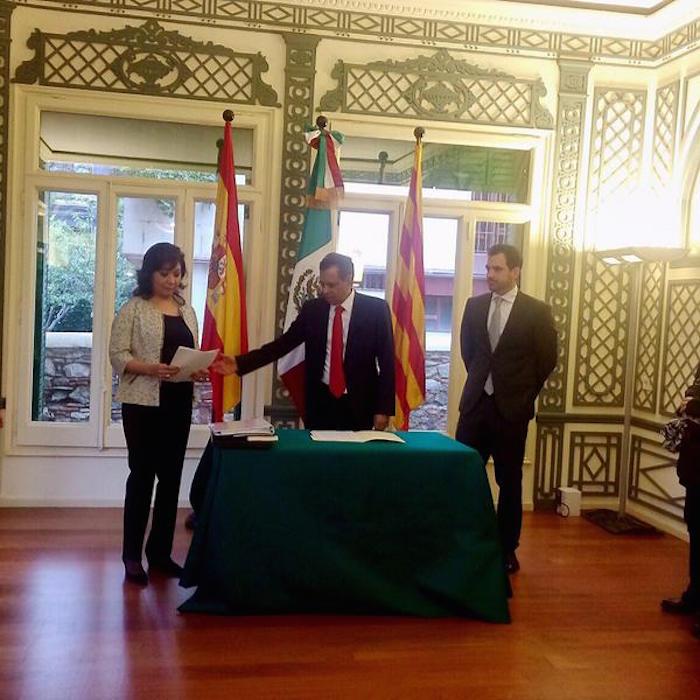 El pasado 19 de octubre Fidel Herrera asumió la titularidad como Cónsul de México en Barcelona. Foto: Twitter vía @FidelHerrera.