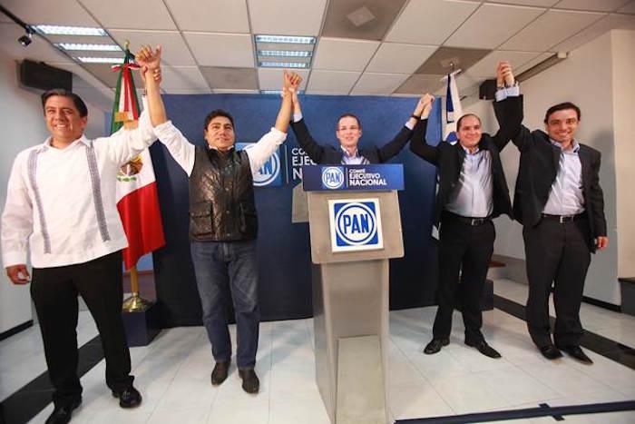 Ricardo Anaya y otros panistas celebrando la decisión del TEPJF. Foto: David Huerta, SinEmbargo