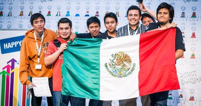 Mexicanos ganan concurso de robótica en Rumania. Foto: @ITSPR_OFICIAL