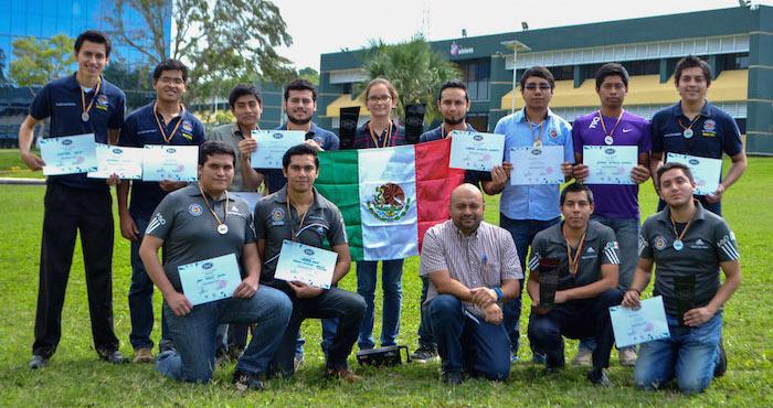 Los mexicanos ganadores en el concurso. Foto: Cuartoscuro