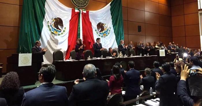 La Comisión permanente del Congreso realizó este día la declaratoria de la Reforma Política de la Ciudad de México. Foto: @CarlosCE_IEDF