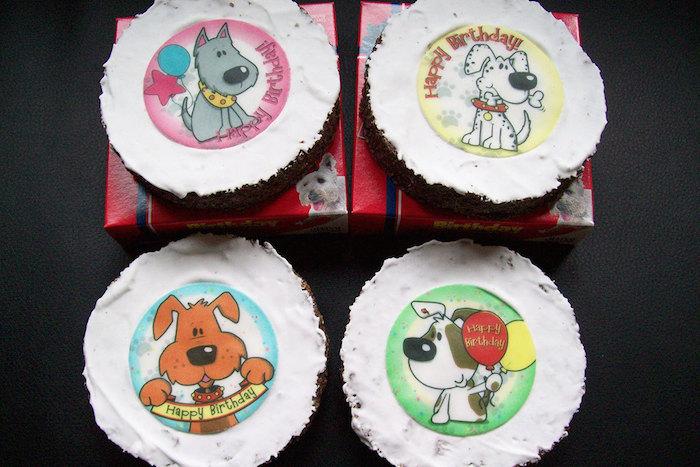 Por aquellos que festejan el cumpleaños de sus perros. Foto: Amazon.