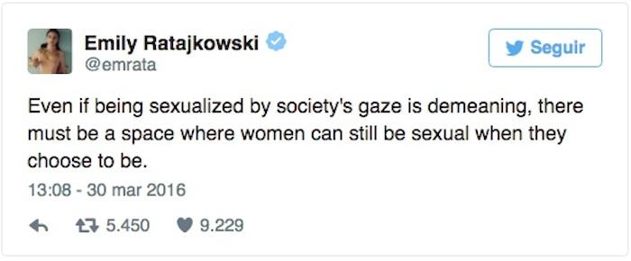 """""""Ser sexualizada por la mirada de la sociedad es denigrante, debe haber un espacio donde las mujeres puedan ser sexuales cuando así lo elijan"""". Foto: Twitter vía @emrata"""