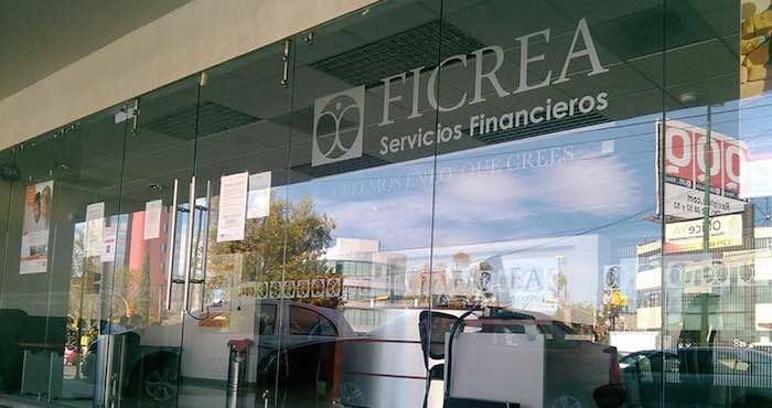 el abogado Enrique Gracia, representante de ahorradores afectados, aseguró que hay 4 mil personas que no han recuperado la totalidad de sus ahorros, unos 5 mil 500 millones de pesos. Foto: Archivo Vanguardia.