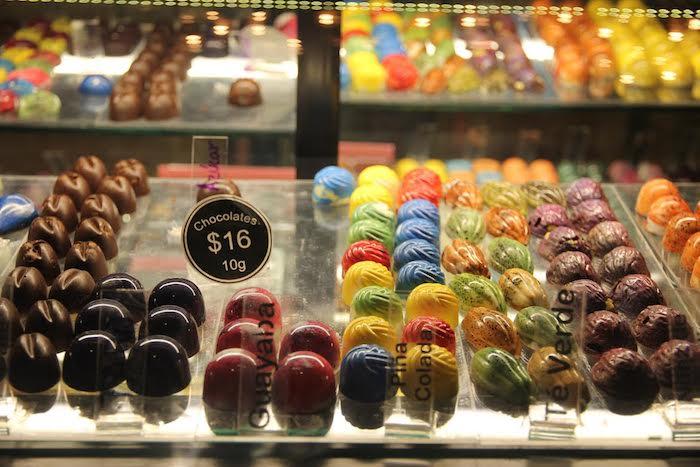 Los productos de Xocolate, en el Mercado Independencia. Foto: Luis Barrón, SinEmbargo