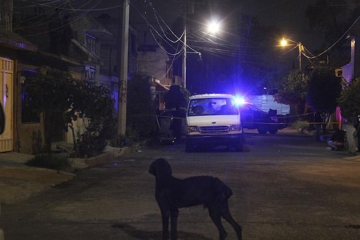 Un hombre fue asesinado por varios sujetos que lo emboscaron cuando conducía por calles de Ecatepec. Foto: Cuartoscuro.