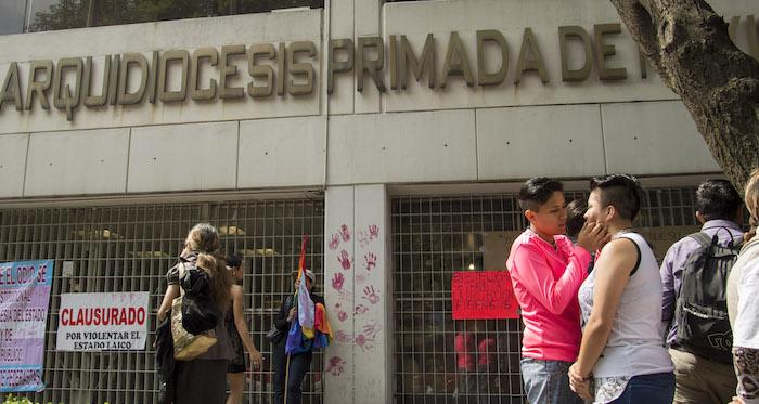 Arquidiócesis no participará en manifestaciones contra matrimonios homosexuales. Foto: Cuartoscuro