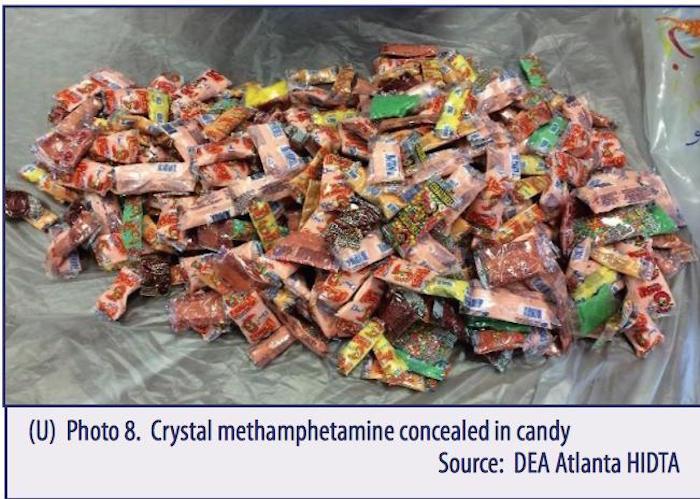 Metanfetamina decomisada en dulces. Imagen: vía DEA.