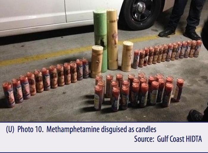 Metanfetamina decomisada en veladoras. Imagen: vía DEA