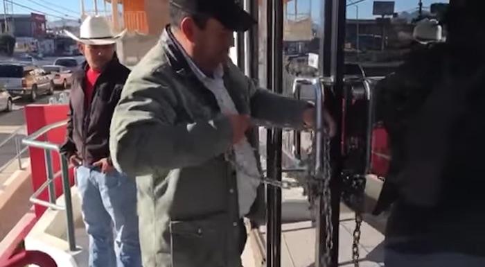 En Chihuahua toman instalaciones de Sagarpa. Foto: Especial