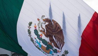 Ceremonia_izamiento_bandera-4