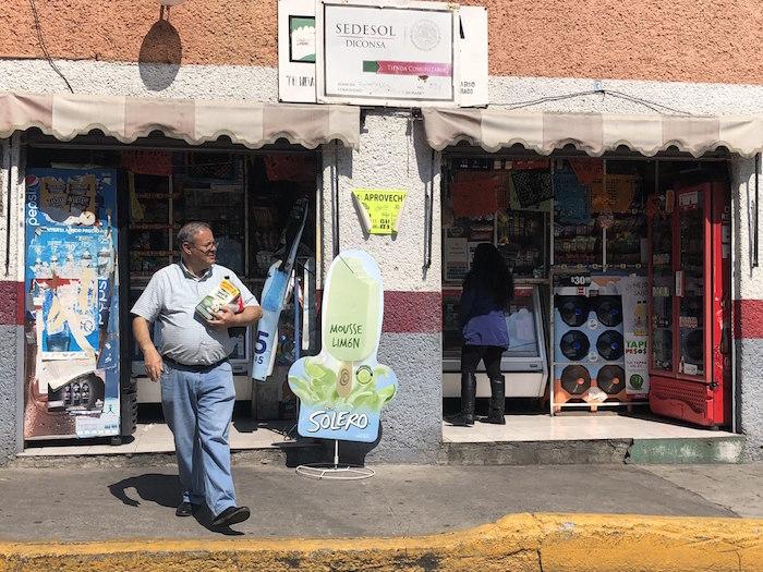 Sólo en los últimos tres años han abierto 2 mil de las 27 mil tiendas comunitarias que hoy operan por todo el territorio mexicano.