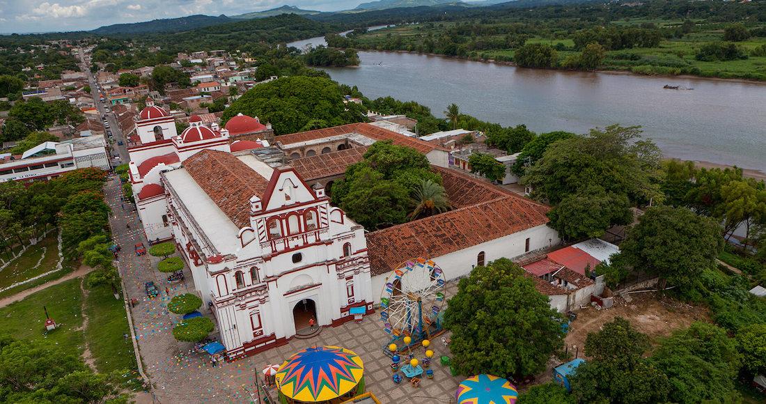 Chiapa de Corzo se encuentra a 14 kilómetros de Tuxtla Gutiérrez.