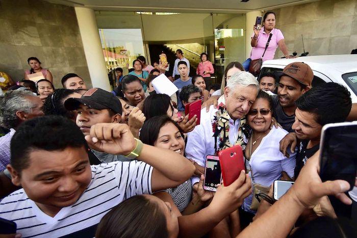 Andrés Manuel López Obrador, Presidente de México, previo al diálogo con los Pueblos Amuzgo y Mixteco. Foto: Presidencia, Cuartoscuro