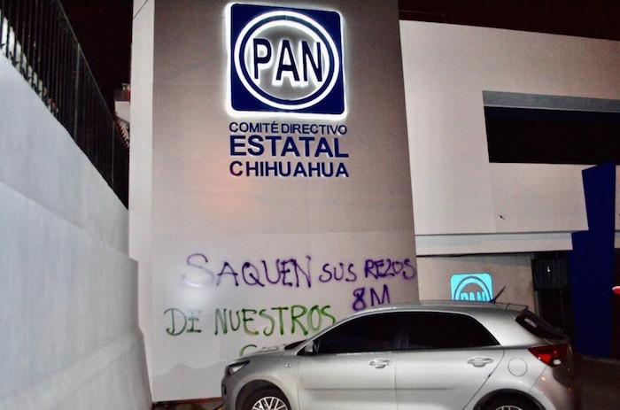 pintas-estacionamiento-pan-chihuahua