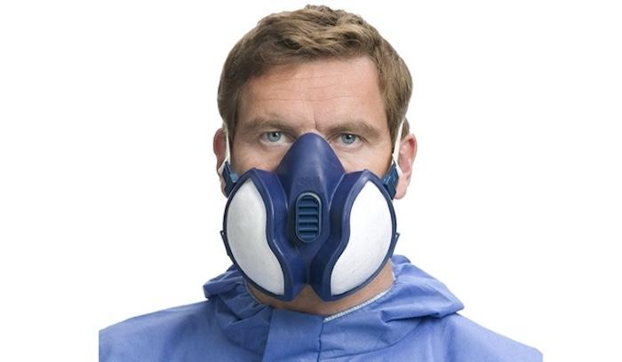 Tienen la misma capacidad que una mascarilla quirúrgica. Están pensadas para sustancias tóxicas como la pintura y los aerosoles, pero no para frenar la inhalación ni exhalación de microorganismos como el coronavirus. Para esto sólo sirven las FFP2 y las FFP3.