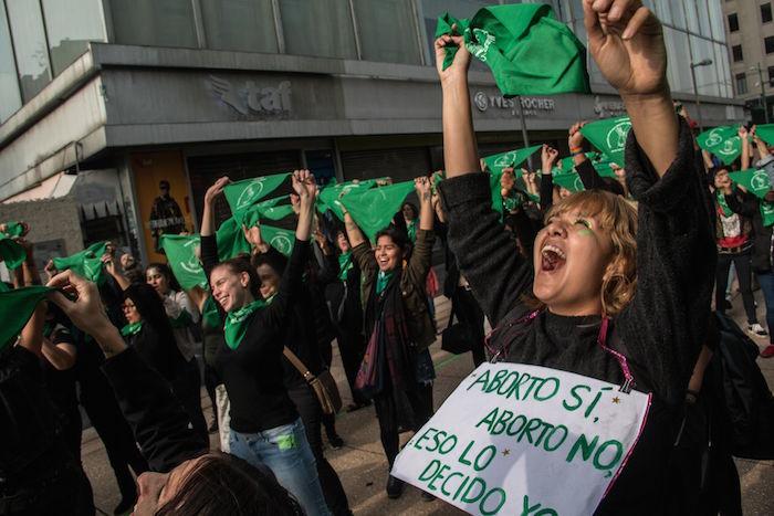 PROTESTA-A-FAVOR-DEL-ABORTO-MÉXICO