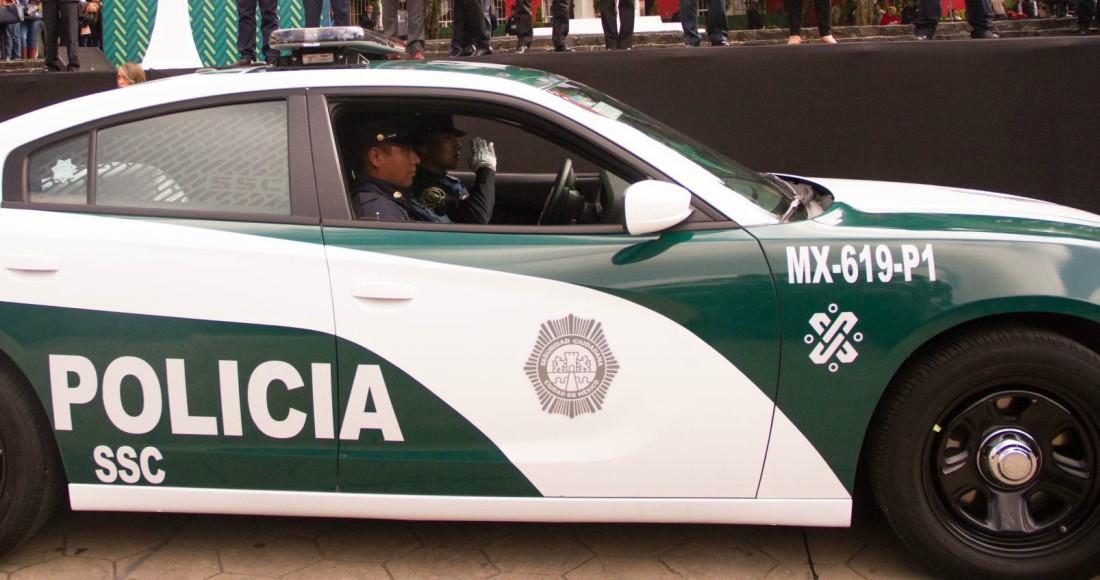 policia 3 - CdMx: Una mujer de 64 años es detenida por llevarse un juego de cubiertos con valor de 20 mil pesos