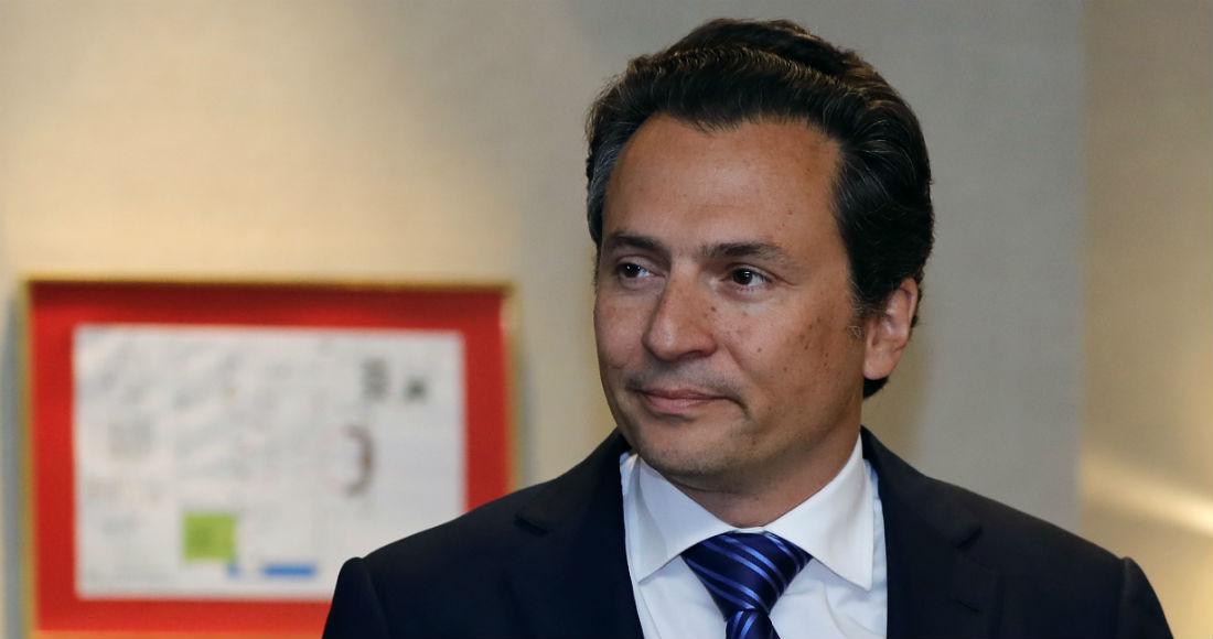 VIDEO: Supuesto funcionario de Pemex da dinero a Rafael Caraveo, exsecretario técnico del Senado | SinEmbargo MX