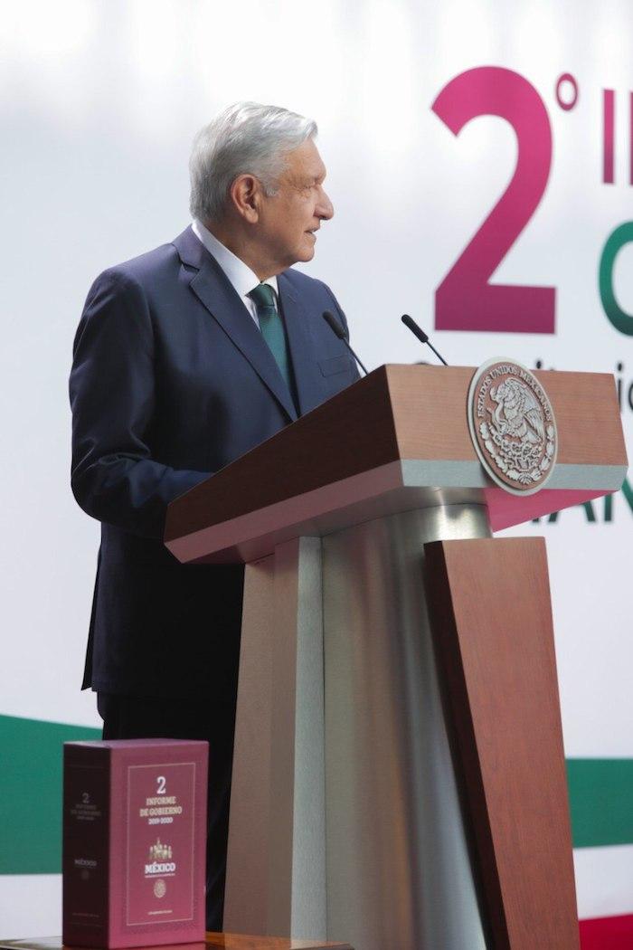 Andrés Manuel López Obrador ofreció su discurso minutos después de las 9:00 horas de este martes.