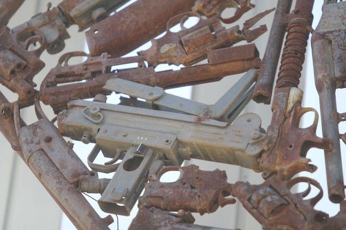 En México se han lanzado diversos programas para llamar al desarme de la población.