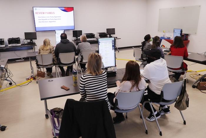 Centro de recuento de votos en Lawrenceville, Georgia, EU.