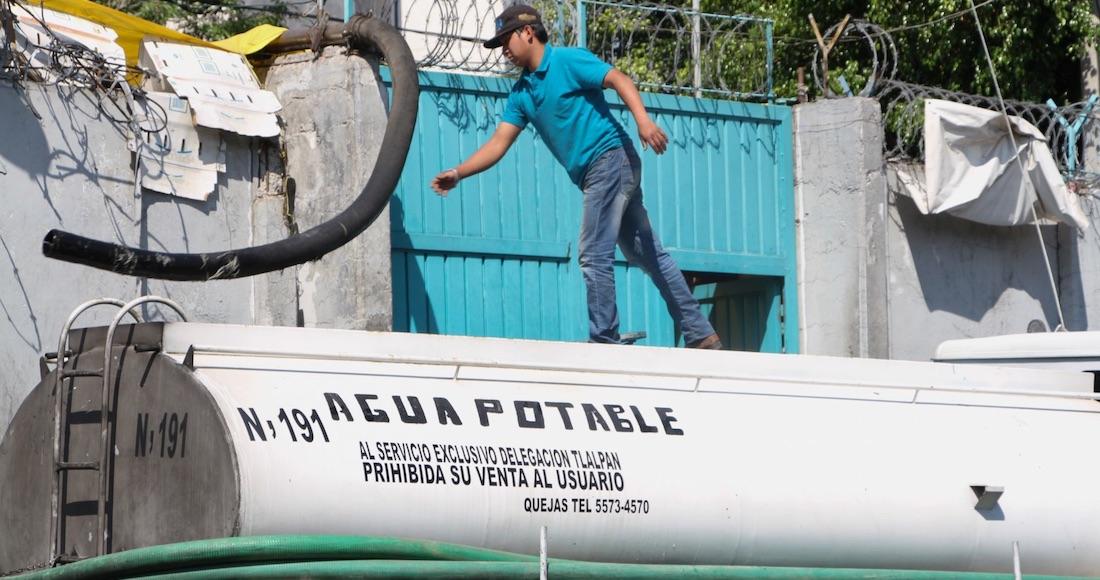 agua potable4 - Empresas riegan el agua del país como quieren. La Conagua exige nueva Ley que cerrará la llave