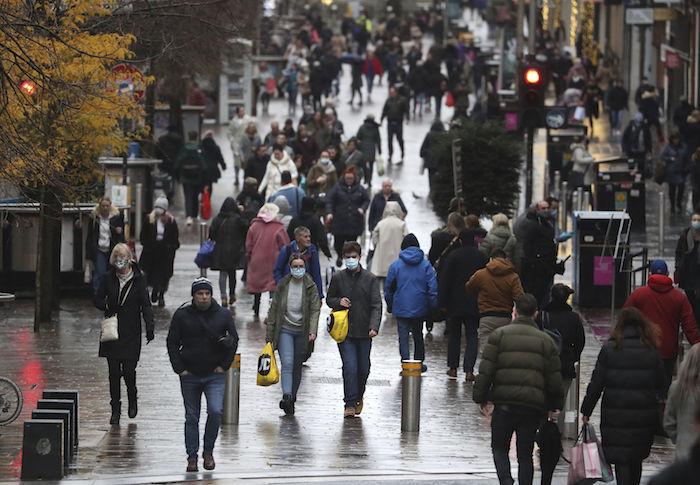 La escena en Glasgow, Escocia, en medio de la pandemia del coronavirus el 17 de noviembre del 2020.