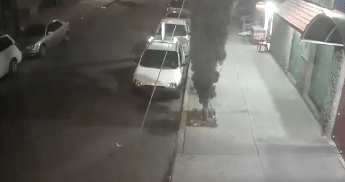 captura de pantalla 2020 11 14 a las 07 53 09 - Un flamazo por acumulación de gas provoca una explosión al interior de un taller en Azcapotzalco