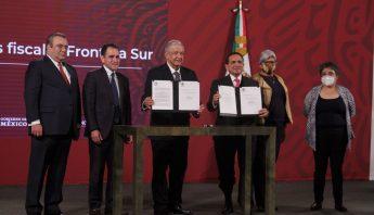 firma-decretos-fronteras-chetumal-27-noviembre-2020